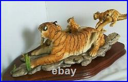BORDER FINE ARTS, Limited Edition, BENGAL TIGRESS AND CUBS, 1991, Very Rare