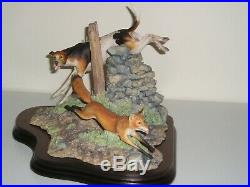 Border Fine Arts CHARLIE'S RETREAT Foxhound chasing Fox L69