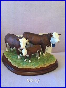 Border fine arts HEREFORD FAMILY. Brand New. Boxed. Certificate