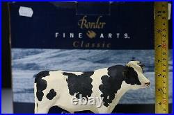 Border fine arts HOLSTEIN BULL. Boxed Certificate