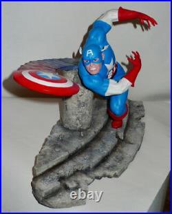 Marvel Captain America B1621 Statue Enesco Border Fine Arts Peter Mook LE